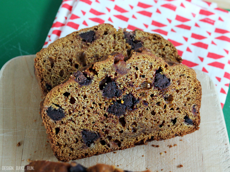 Pumpkin Bread with Chocolate Chips via design. bake. run.
